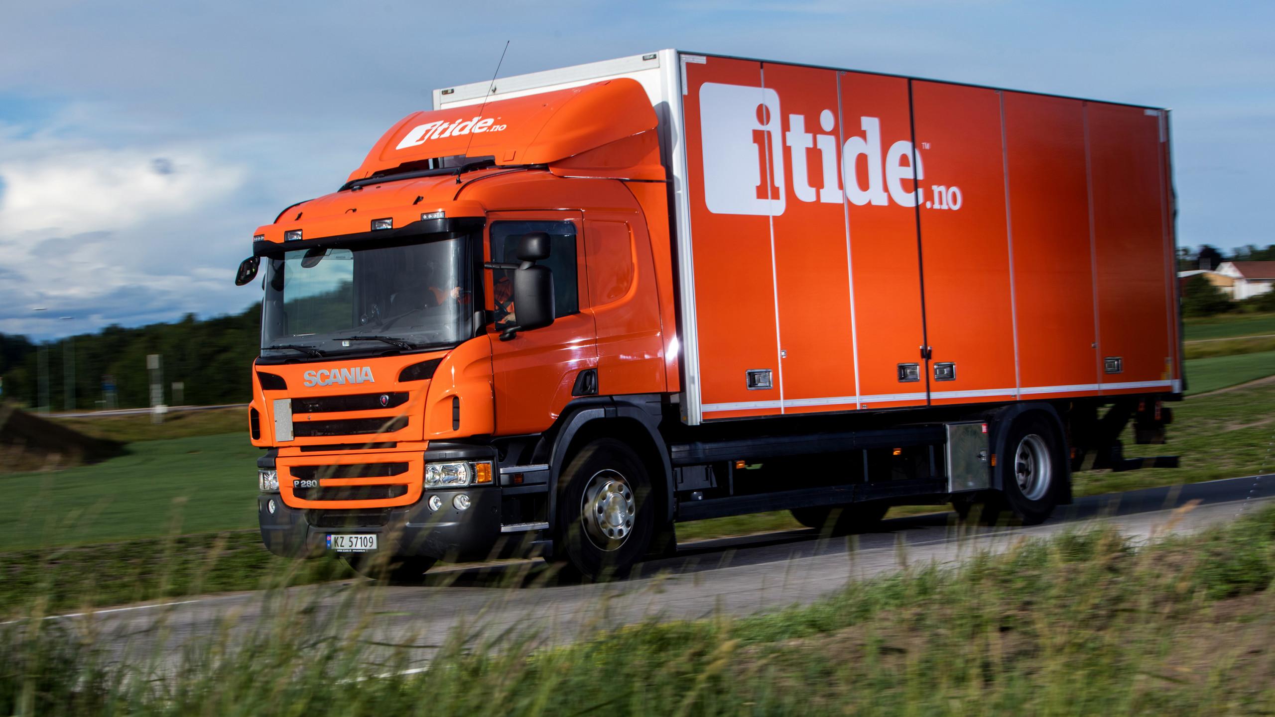 Lastebil i tjeneste, ute på oppdrag.